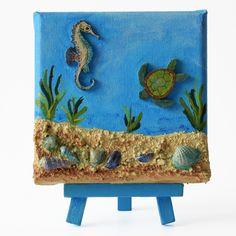 Water world 2. (Vízi világ 2.) - 10 x 10 cm (10 x 14 cm), 2018 #paverpol #textile #textil #acrylic #akril #vivienholl #water #víz #turtle #teknős #csikóhal #seahorse #shells #kagylók Minion, Techno, Minions, Techno Music