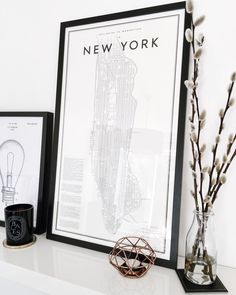 I tracked down that infamous Guide To New York Print for the living room! Order it here on the blog! | The Online Stylist |