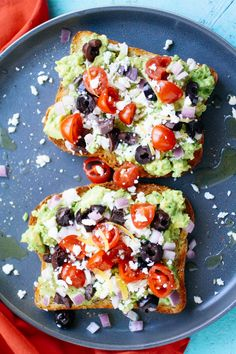 Greek-Style Avocado Toast Greek-Style Avocado Toast is hearty and flavorful. You'll love this Greek-Style Avocado Toast for your next meal! Avocado Dessert, Avocado Toast, Avocado Wrap, Mashed Avocado, Clean Eating Snacks, Healthy Snacks, Healthy Eating, Beurre Vegan, Best Nutrition Food