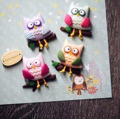 ✌️ #совомания продолжается! Вот еще разноцветная компания сов (#брошки и #магниты). #совушка #полимернаяглина #ручнаяработа #лепка #хэндмейд #premo #polymerclay #handmade #owl #colorful #brooch #magnet #jewerly #missmouse_вналичии