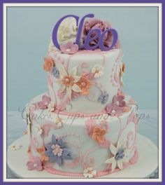 Hand Piped cake