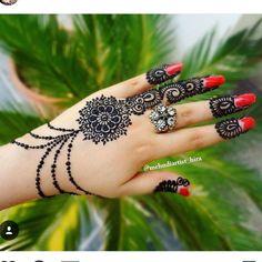 "274 mentions J'aime, 3 commentaires - Sheffield Mehndi Ⓜ (@sheffield_mehndiartist) sur Instagram : ""❤❤❤❤❤ ❤❤❤❤❤ #flowers #simple #jel #bodyart #dye #jagua #henna #bodyart #intricatehenna #mehndi …"""