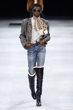 Fashion Models, High Fashion, Fashion Show, Womens Fashion, Fashion Edgy, Celine, Vogue Paris, Edgy Dress, Backstage