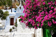 What an amazing #Monday morning view... #Amorgos #YachtcharterGriechenland #YachtcharterKykladen