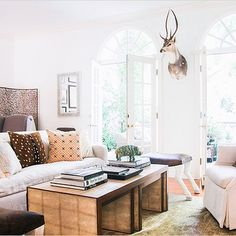 SnapWidget | Today's home tour by @homepolish on #RueDaily is the perfect study in eclectic decor. We hope you're as inspired by the space as we are -> ruemag.com