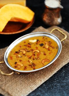 How to make Mathanga (Pumpkin) Payasam with step by step pictures. A traditional Kerala (Indian) dessert made with Pumpkin, Jaggery and Coconut Milk. South Indian Sweets, Indian Desserts, Indian Food Recipes, Ethnic Recipes, Veg Dishes, Savoury Dishes, Sweet Pumpkin Recipes, Carrot Halwa Recipe, Coconut Milk Powder
