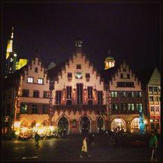 First post+vlog from #frankfurt, check it on my blog: http://giugizu.blogspot.it/2014/09/frankfurt-trip-day-1-2-arriving-main.html