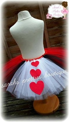 Moda Ade How To Make Tutu, Ribbon Wrap, Queen Of Hearts, Costumes, Costume Ideas, Toga Ideas, Etsy Store, Thats Not My, Princesses