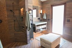 This bathroom is a jaw-dropper! Our Savannah Coffee #WoodLookPorcelain is combined with our Mineral Copper metal mosaic in this gorgeous wet-room bathroom. Thanks to Pernille from Most Construction for the amazing pics! https://arizonatile.com/en/products/porcelain-and-ceramic/savannah https://arizonatile.com/en/products/metal/mineral