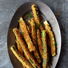 Enjoy a tasty and healthy recipe. Learn how to make Zucchini Fries with Lemon and Dill. Dill Recipes, Healthy Recipes, Ww Recipes, Great Recipes, Cooking Recipes, Healthy Foods, Recipe Ideas, Soup Recipes, Plats Weight Watchers
