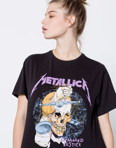 Pull&Bear - mujer - trends - pretty in punk - camiseta metallica - plomo - 09246387-I2016