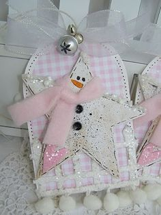 star tag - I love the snowman star! - would be cute for a little girl, or with blue background for little boy