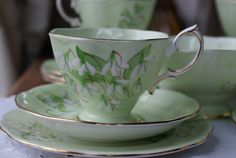 Royal Albert Laurentian snowdrop vintage tea cups
