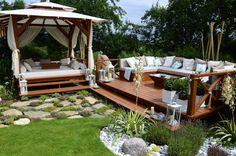 Garden seating you're going to love Asian Garden, Outdoor Spaces, Outdoor Living, Outdoor Decor, Backyard Patio, Backyard Landscaping, Garden Furniture, Outdoor Furniture Sets, Lounge Furniture