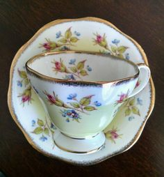 VINTAGE FOLEY TEA CUP AND SAUCER BONE CHINA ROSE BUD, YELLOW & LIGHT BLUE China Cups And Saucers, Teapots And Cups, China Tea Cups, Teacups, Vintage China, Vintage Tea, Vintage Stuff, Retro Vintage, China Rose