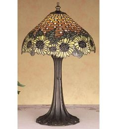 18.5 Inch H Wicker Sunflower Accent Lamp Table Lamps