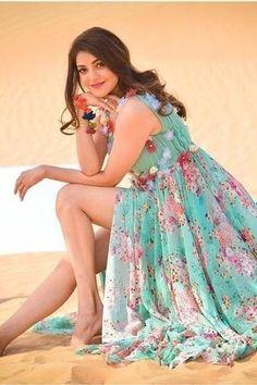 Beautiful Girl Photo, Beautiful Girl Indian, Most Beautiful Indian Actress, Beautiful Legs, Beautiful Women, Viria, Beautiful Bollywood Actress, Beautiful Actresses, Beautiful Heroine
