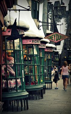 Honeydukes, Orlando - Harry Potter World <3