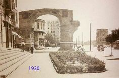 Arch of Galerius (Kamara) in Thessaloniki, Macedonia, Greece Greek History, Thessaloniki, Urban Photography, 1930, Macedonia Greece, Places To Visit, Louvre, Architecture, Building