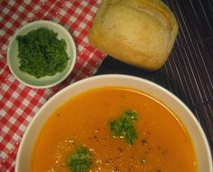 Healthy, low fat, additive free and weight watchers friendly receipes for the thermomix Roasted Tomato Soup, Basil Pesto, Light Recipes, Curry, Fat, Soups, Meals, Healthy, Ethnic Recipes