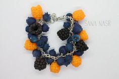 Boutique Etsy, Bracelets, Crochet Necklace, Jewelry, Blueberry, Raspberry, Handmade, Hands, Jewlery