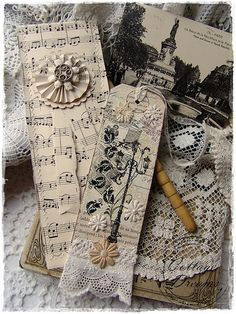 58 ideas for craft paper diy book pages Card Tags, Gift Tags, Cards, Favor Tags, Sheet Music Crafts, Diy Bookmarks, Vintage Bookmarks, Bookmark Ideas, Bookmarks