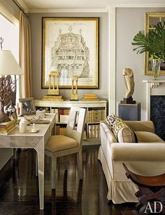 How Japanese Interior Layout Could Boost Your Dwelling Nina Griscom's Elegant Manhattan Apartment Architectural Digest Home Design, Design Salon, Urban Design, Architectural Digest, Architectural Prints, Salas Home Theater, Living Room Decor, Living Spaces, Living Rooms