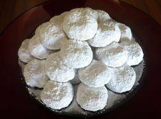 Traditional Kourampiedes / Kourabiethes (Greek Christmas Butter Cookies) - My Greek Dish Greek Sweets, Greek Desserts, Greek Recipes, Baking Recipes, Cookie Recipes, Dessert Recipes, Pudding Recipes, Yummy Recipes, Kourabiedes Recipe