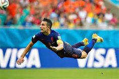 Schitterend 1e doelpunt van Robin van Persie voor het Nederlands elftal op WK 2014.