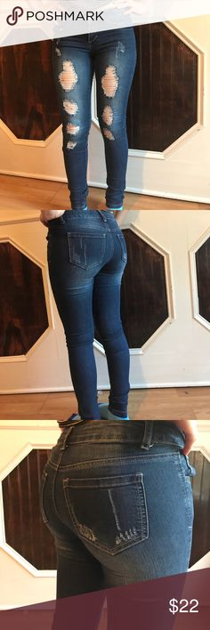 Cute ripped jeans Almost new only worn once also stretchy wax jeans Jeans Skinny