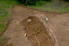 Nefelin Skulls Found Giant