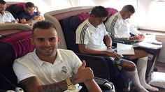 Jese gives the thumbs-up as the wheels go up on Real Madrid's flight to Australia (not that it looks like the inside of an Emirates aircraft!). 13.07.15