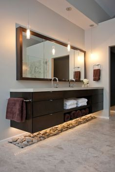 Bathroom - pebbles