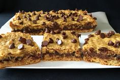 The name says it all, right? Easy cookie bars packed with oatmeal and chocolate!