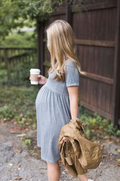 Find more fantastic and modern maternity style inspirations. More at www.circu.net