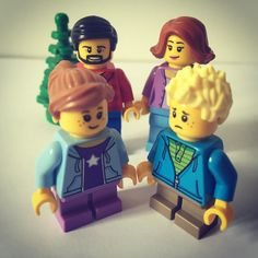 """When you make a picture with your parents and your sister or your brother tell you: """"You know you have been adopted""""  #lego #legophotography #legostagram #legominifigures #legofan #legofamily #family #familyphoto #instalego #minifigures #legomania #legobricks #legolife #legolove #brother #sister #toyphotography #toys #instatoys #love by small_world_lego"""