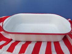 Vintage Red Trim Enamelware Baking Dish by Mumscottage on Etsy, $15.00