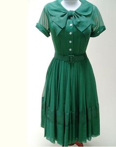 Madmen-esque #greenwithenvy #lifeinstyle