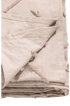 This embroided cotton bedspread with a patteron on the front and large yarn tassels at each corner brings an urban feel to your bedroom Carpet Samples, Fabric Samples, Roller Blinds Inspiration, White Roller Blinds, Luxe Boutique, H&m Online, Modern Rustic Interiors, Work Inspiration, Urban Fashion