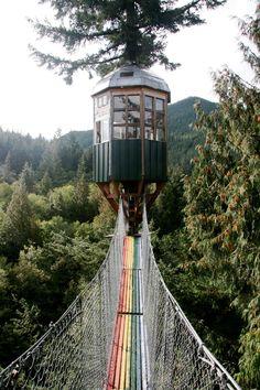 Cedar Creek Treehouse, Washington