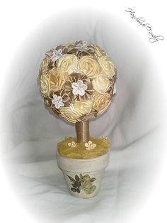 HandmadeFamily / Sat�nov� strom�ek