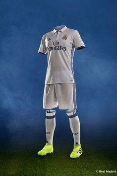 Real Madrid 2016-2017  RealMadrid  Adidas Barcelona E Real Madrid 4bd39072ee