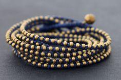 Blue Rocker Wrap Bracelet par XtraVirgin sur Etsy, $18,00