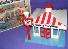 Chicken Toys, Playmobil Toys, Kentucky Fried, Finger Puppets, Kfc, Fried Chicken, Some Fun, Vintage Toys, Fries