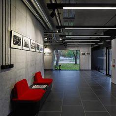 Gallery of Wiadomości Wrzesinskie Editorial Office / Ultra Architects - 25