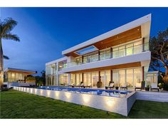Miami Beach, FL: http://www.miami-beach-homes-for-sale.com/