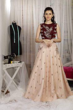 Buy Maroon And Pink Color Crop Top Skirt by Akanksha Singh at Fresh Look Fashion Crop Top Dress, Cape Dress, Peach Skirt, Embellished Crop Top, Crop Top Designs, Online Shopping Sarees, Lehenga Gown, Lehenga Designs, Indian Wear