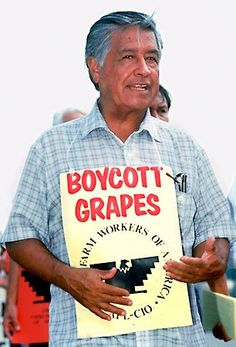 Kids learn about the biography of Cesar Chavez, civil rights leader who fought for the conditions of migrant farmers and Latinos. Chicano Studies, Chicano Art, Cesar Chavez Day, Hispanic Culture, Hispanic Heritage, Power To The People, Nobel Prize, Civil Rights, Culture