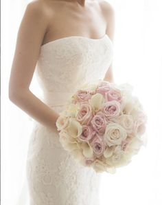 | aboutdetailsdetails.com | bouquet inspiration, ivory white pink color scheme, all roses, bridal ideas, strapless lace wedding dress