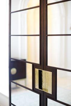 Curio Cabinet | Bernhardt